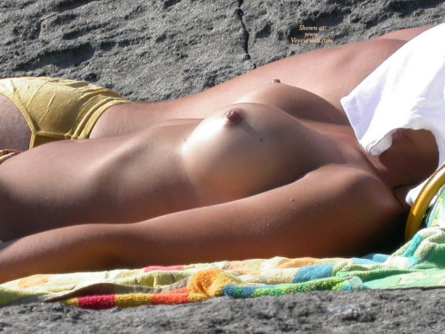 Beach Tits - Large Breasts, Topless Beach, Topless, Beach Tits, Beach Voyeur, Sexy Boobs , Sunning Sweet Melons, Canid Beach Shot, Topless Girl With Firm Breasts, Topless Beach Body, Topless Sunbathing, Boobs Up At The Beach, Round Tits, Beach Babe