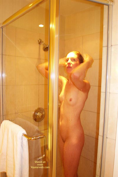 Pic #1 Kelli'S Hot In The Shower