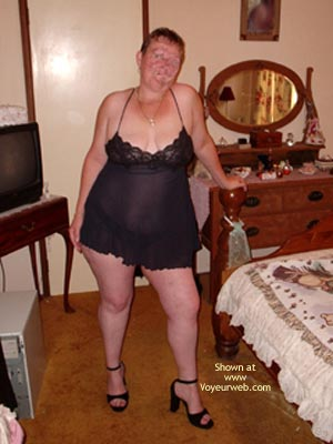 Pic #1 Curvy Wife'S First Photo Shoot