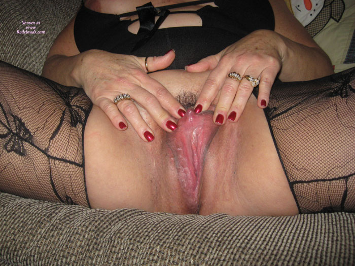 Pic #1Horny On New Years Eve