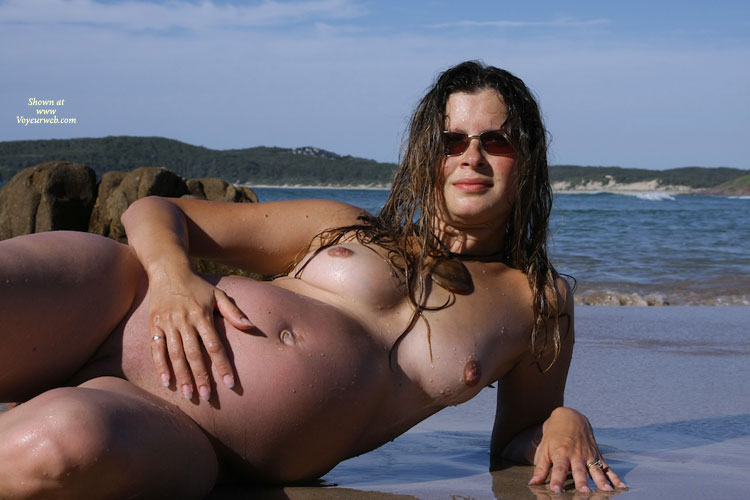 nude Embarrassed pregnant