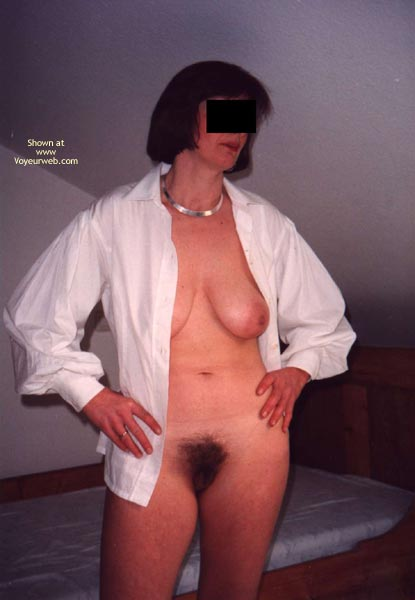Pic #1 Her First Time Showing Up Naked