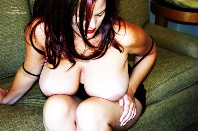 Big Hanging Boobs , Big Hanging Boobs, Large Full Breasts