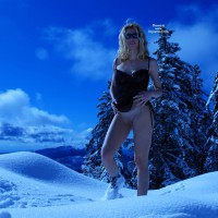 Sexy Snow Bunny - Blonde Hair, Shaved Pussy, Sunglasses , Hiking Boots, Exposing Pussy, Exposing Pussy Standing In Snow, Outdoor Nudity Mountaintop, Smiling With Sunglasses, Standing In Snow, Pussy On Snow, Black Babydoll, Blonde In Snow, Freezing Pussy